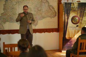 Elmer Tamás, az Országos Erdészeti Egyesület programfelelőse értékeli a versenyt